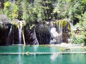 Hanging Lake Is A Hidden Jewel In Colorado S Rocky Mountains